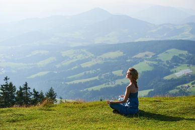Yoga et randonnée au Pays Basque à l'hôtel Mendi Alde France